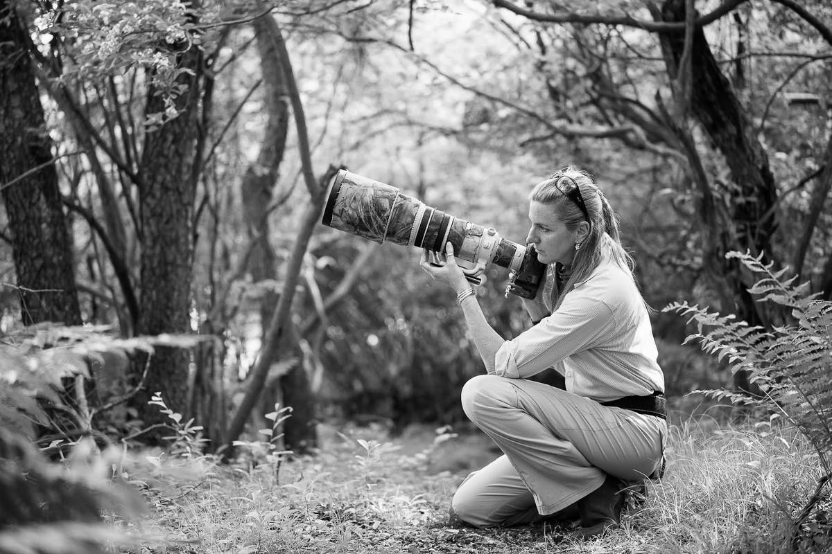 outdoor nature photography. She Writes A Bimonthly Column On Wildlife Photography For Outdoor Photographer Magazine, And Is Contributing Editor To Audubon Magazine. Nature